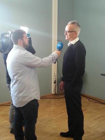 Bilde av Ole Kristian Bergem som intervjues under TIMSS-lanseringen. (Foto: Hege Kaarstein/Universitetet i Oslo)