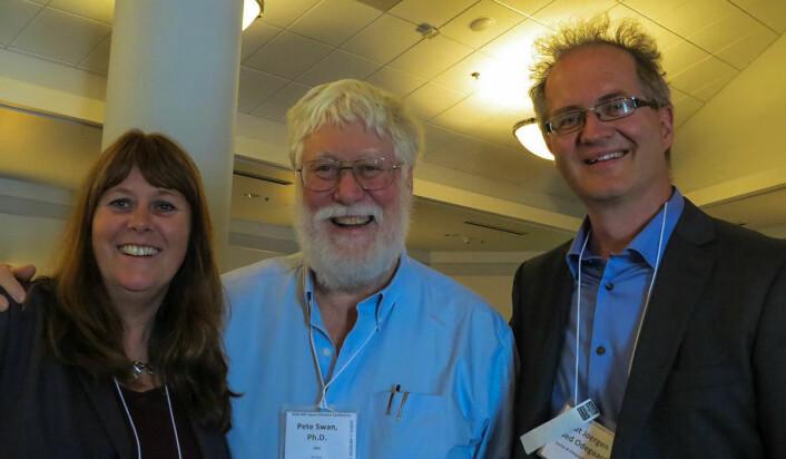 Peter Swan er leder for International Space Elevator Consortium (ISEC).  Her er han sammen med Sannes og Røed Ødegaard i Houston under stjerneskipskonferansen i 2014. (Foto: Sannes/Røed Ødegaard)