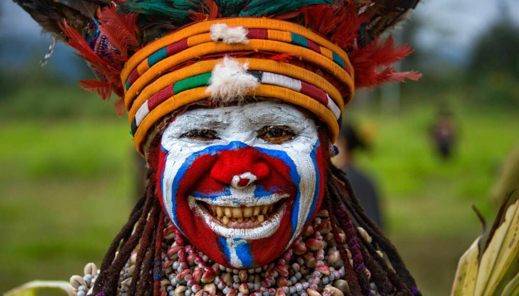 Er det virkelig så mye bedre å bo i et moderne, vestlig samfunn enn å bo i et stammesamfunn? Bildet er fra en kulturparade i Papua Ny-Guinea i 2013. (Foto: Zuma Press, Mark Robinson, NTB scanpix)
