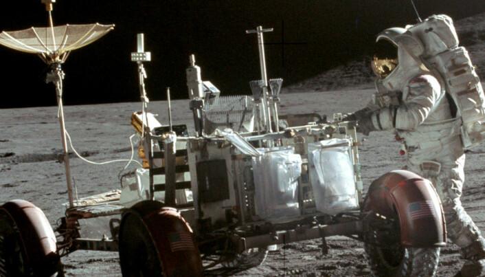 Over 90 poser med bæsj ligger igjen på månen
