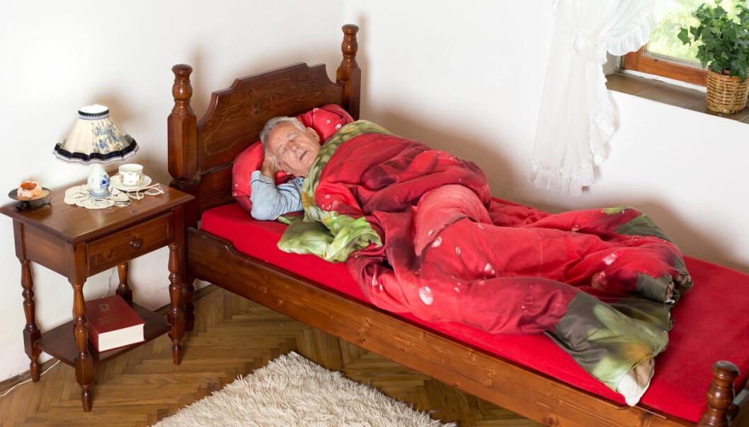 Ny omsorgsteknologi har bidrege til å redusere talet på sjukeheimsplassar i Lindås kommune. Fleire eldre blir buande lenger heime og færre utskrivingsklare pasientar tar opp unødige plassar på sjukehus. (Illustrasjonsfoto: Shutterstock / NTB scanpix)