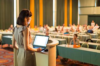 Kvinnelige professorer gjør sakte inntog i Norden
