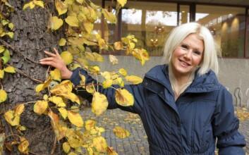 Heidi Uppstad har skrevet doktorgradsavhandling som tar for seg at kvinner og menn kan ha ulik følsomhet ovenfor miljøgifter. (Foto: Bjarne Røsjø/ UiO)