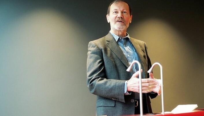 Professor Øyvind Østerud fekk professorat i fredsforsking etter tilråding frå Stein Rokkan. Tilrådinga var den siste teksten Stein Rokkan skreiv, før han døydde. (Foto: Ola Sæther)