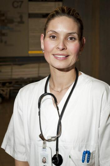 Samira Lekhal ved Senter for sykelig overvekt ved Helse Sør-Øst i Vestfold. (Foto: Jan Fredrik Frantzen/UNN)