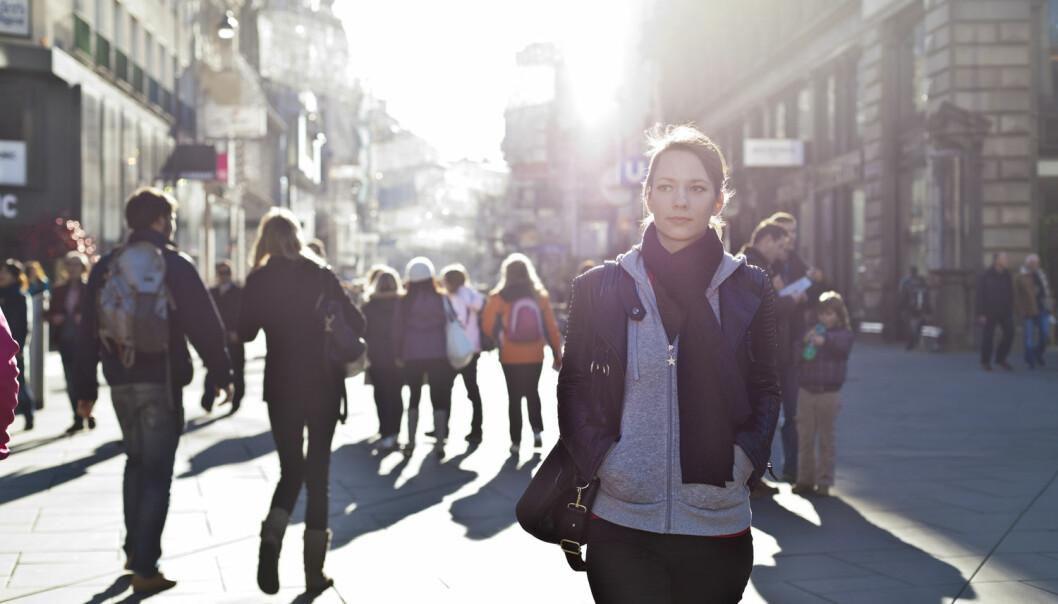 Attraktive urbane områder gjør at flere folk går lenger for å ta buss, tog eller trikk, viser forskning fra Universitetet i Stavanger. (Foto: Shutterstock / NTB scanpix)