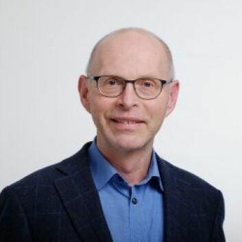 Aksel Bernhoft, forsker ved Veterinærinsituttet, har funnet rottegift i majoriteten av hubro som er analysert. (Foto: Veterinærinstituttet)