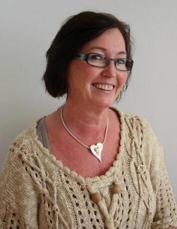 Forskar Anny Aasprang var ein av sjukepleiarane som tok imot pasientane og gjorde dei klare til operasjon. (Foto: Vestforsk.no)