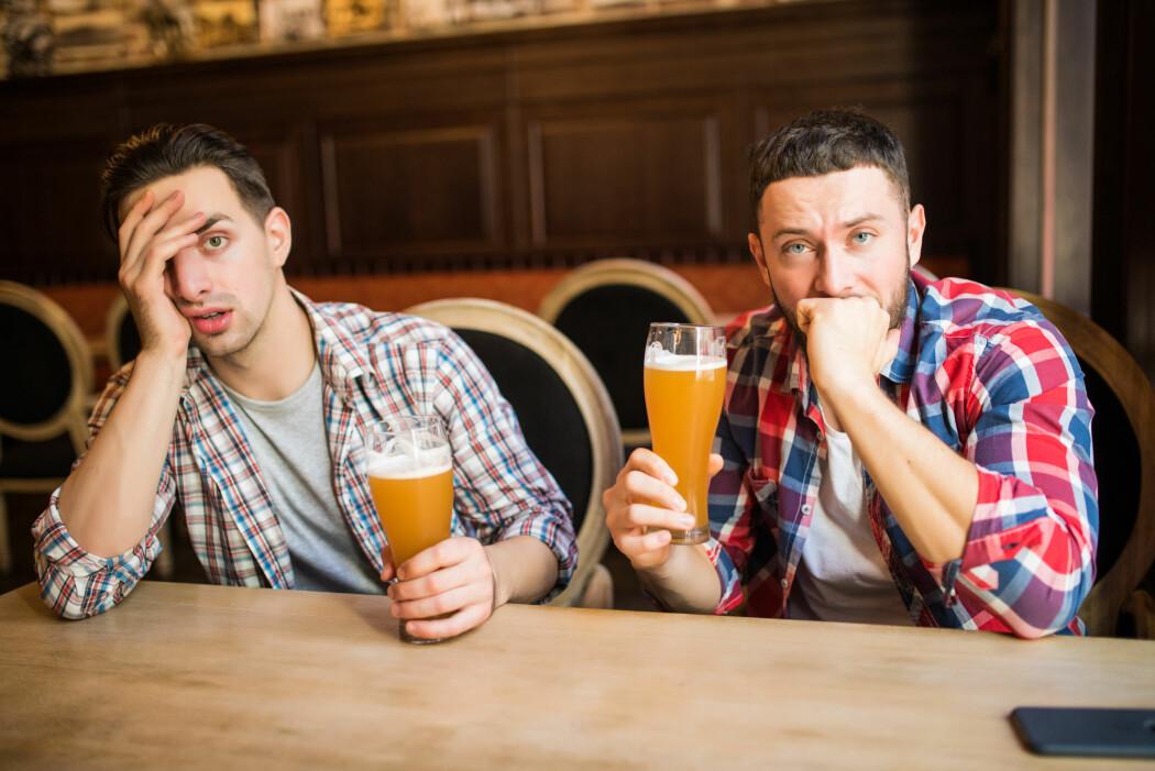Kanskje det likevel ikke er så sunt med en eller to øl om dagen. Resultatene fra en ny studie tyder på det. (Foto: F8 studio / Shutterstock / NTB scanpix)