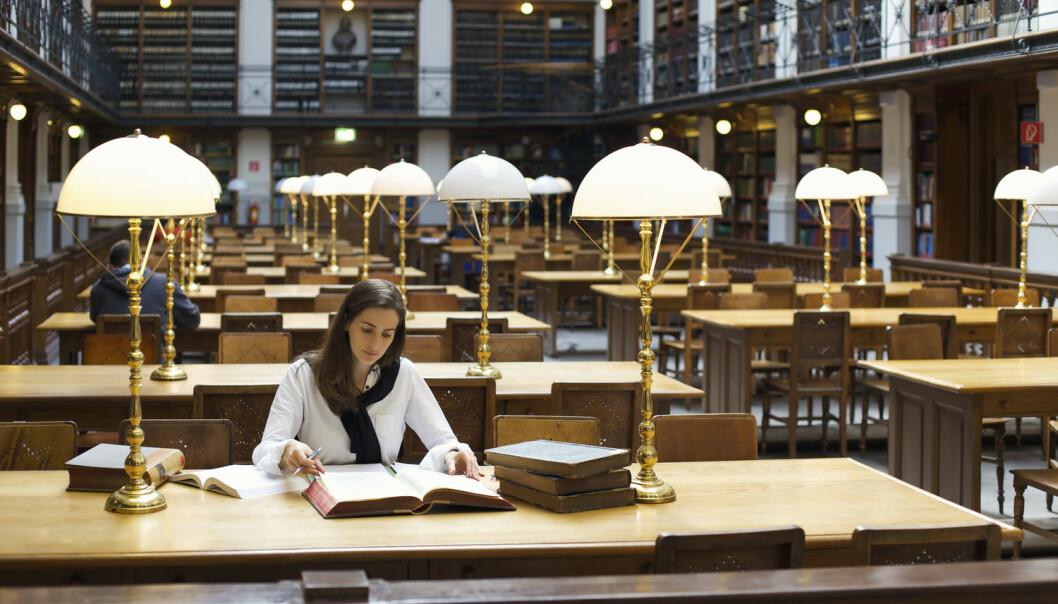 Noen har lettere for å utdanne seg enn andre. Ny studie tyder på at gener som har betydning for utdanning, også har betydning for levetid.  (Illustrasjonsfoto: Lichtmeister / Shutterstock / NTB scanpix)