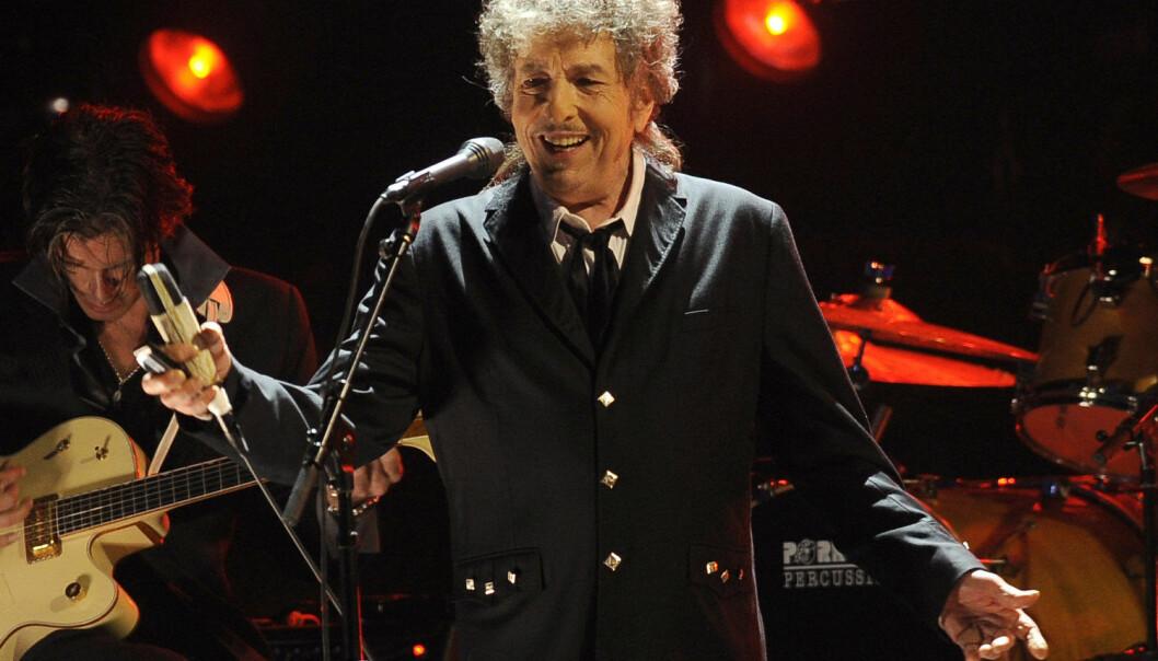 Førsteamanuensis Michael John Prince ved Universitetet i Agder (UiA) mener det var velfortjent at Bob Dylan fikk Nobelprisen i litteratur.  (Foto: Shutterstock / NTB scanpix)