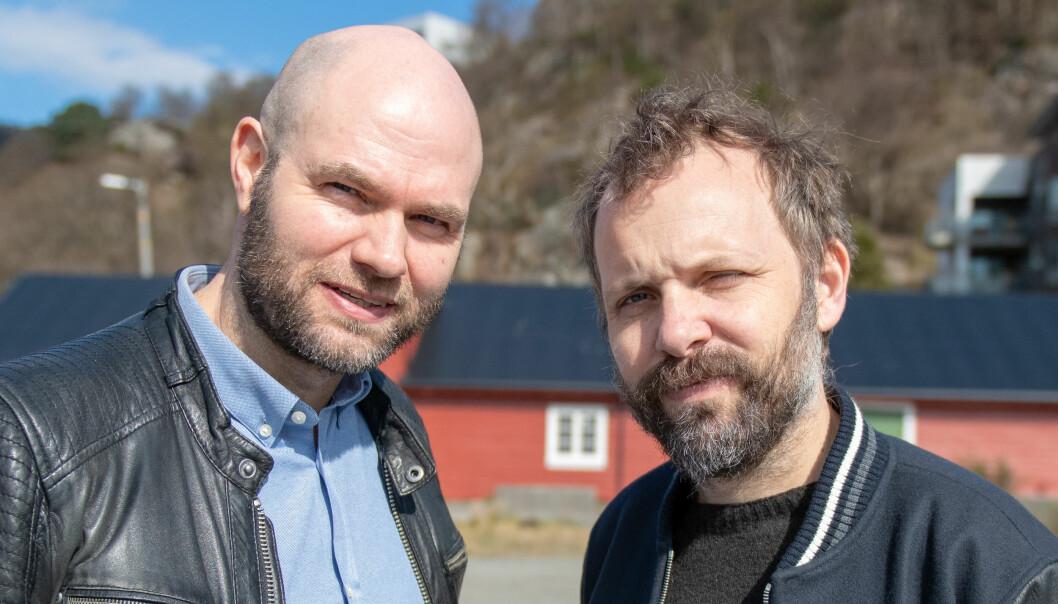 Sveinung Jørgensen fra NHH og HINN og Lars Jacob Tynes Pedersen fra NHH skal avdekke hva som skal til for at forbrukere endrer atferd i butikk og på nett, og tar flere bærekraftige valg. (Foto: Ingrid Aarseth Johannessen)