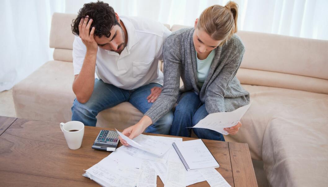 En ny studie fra Purdue University mener gjeld fra studielån påvirker unge amerikaneres lykke negativt  (Illustrasjonsfoto: wavebreakmedia/Shutterstock/NTB scanpix).