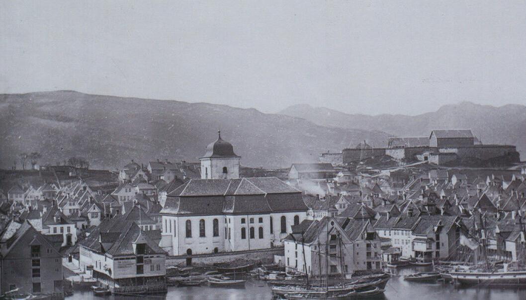 Bilde frå Bergen i slutten av 1860-åra. (Foto: K. Knudsen, Billedsamlinga, UB Bergen.)