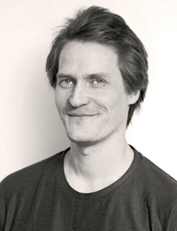 Lege Ole Elvebakk håper at den nye teknologien i fremtiden også vil kunne brukes på pasienter med alzheimer og epilepsi. (Foto: Yngve Vogt)