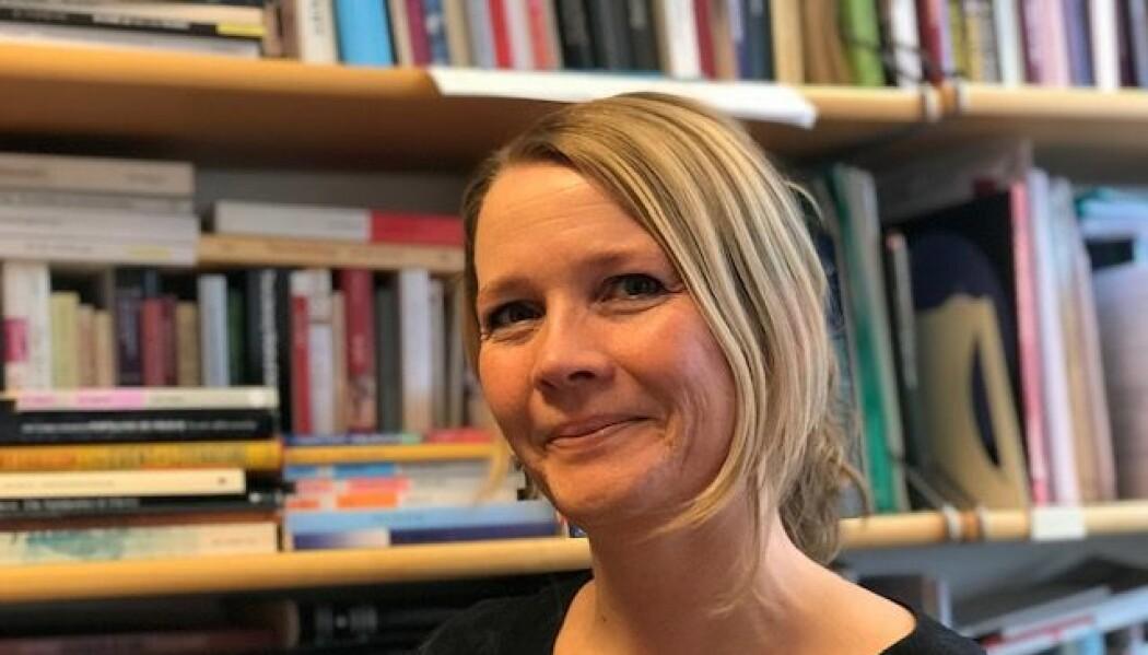 Litteraturforsker Aasta Marie Bjorvand Bjørkøy opplever at det er en tendens til at alderdom får en stadig større plass i litteraturen. (Foto: Siw Ellen Jakobsen)