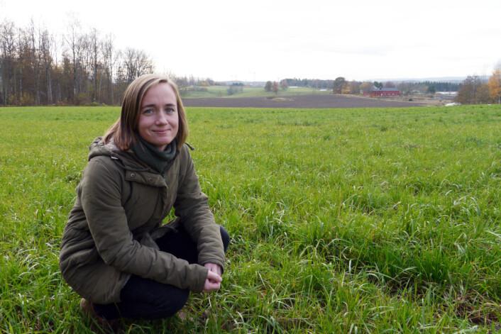 Inga Greipsland, forsker ved NIBIO, har ledet fagmøter i tre norske landbruksregioner. Hensikten var å få innblikk i hva slags valg norske bønder kan komme til å ta i fremtiden. (Foto: Siri Elise Dybdal)