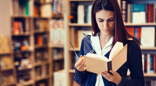 Lærerstudenter leser for lite, mener forskere