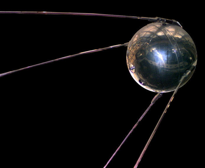 Replika av Sputnik 1. (Foto: National Space and Air Museum)