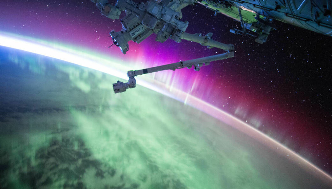 Bilde av nordlys tatt av Scott Kelly fra NASAs internasjonale romferge. (Foto: NASA)