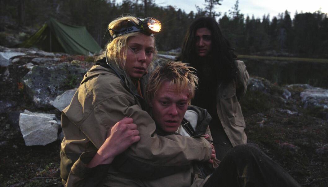 Et særpreg i disse skrekkfilmene er nemlig at norsk natur brukes som et realt grøsserelement. Som for eksempel i filmen Villmark fra 2003. (Foto: Oro Film)
