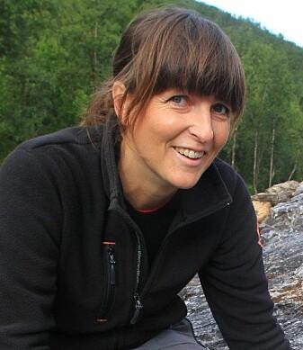 Arkeolog Anja Roth Niemi er ganske sikker på at Hellesøykvinnen hadde en ledende rolle i samfunnet. (Foto: Ole Magnus Rapp)