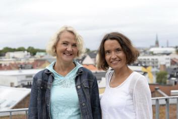 Anne-Sophie Konow Lund og Anne Kari Tolo Heggestad forsker på sykepleierstudenters evne til empati, og hvordan denne utvikler seg under sykepleierutdanningen. (Foto: Sonja Balci)