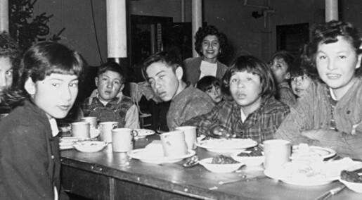 Eksperimenterte på sultne barn