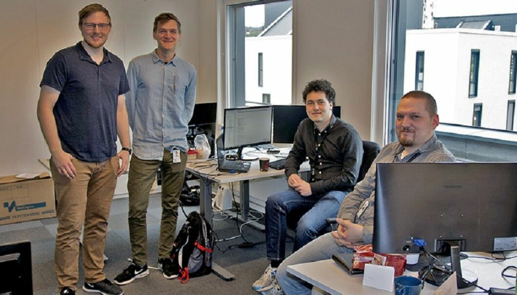 Ti studentbedrifter fra NTNU får støtte fra Forskningsrådet. Her representert ved folkene i Sensero. Øyvind Aarø, Dag Drejer, Andreas Risvaag og Kim Erling Rasmussen. (Foto: Steinar Brandslet, NTNU)