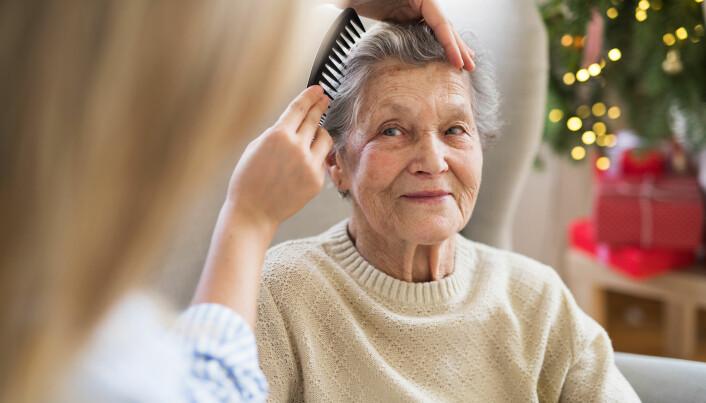 Demenshjelpere inspireres av å være til nytte og glede for andre