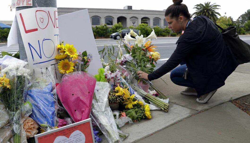 En kvinne ble drept og tre andre ble såret, blant dem rabbineren, i et angrep mot en synagoge i Poway i California 27. april. EN ny rapport viser økning i antallet voldelige angrep mot jøder i verden. (Foto: AP, NTB scanpix)