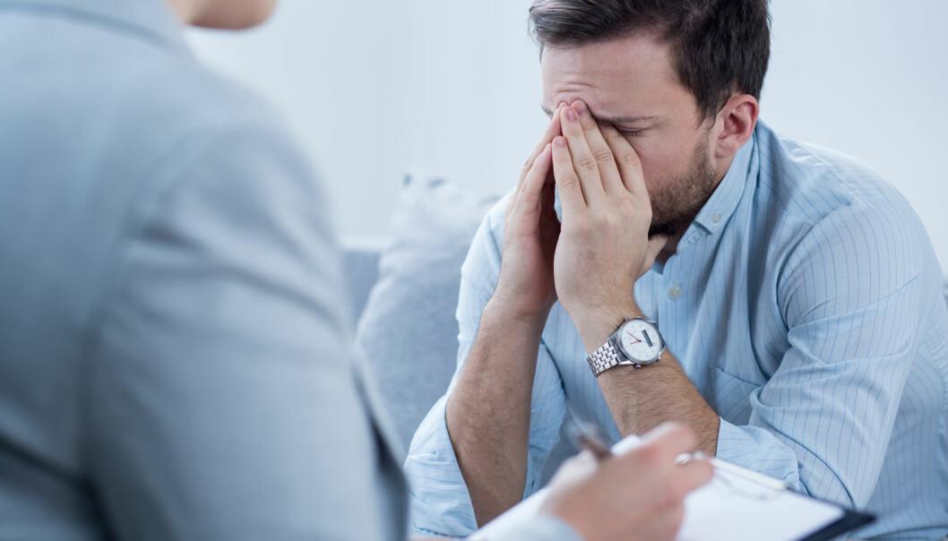 En ikke ubetydelig andel av de som går til psykoterapi, blir verre av behandlingen. – Det mest påfallende er ikke at noen pasienter blir dårligere etter behandling. Det mest påfallende er terapeutene ikke vet hvor mange av sine egne pasienter som blir dårligere, sier Jørgen Flor ved NTNU.  (Foto: Photographee.eu, Shutterstock, NTB scanpix)