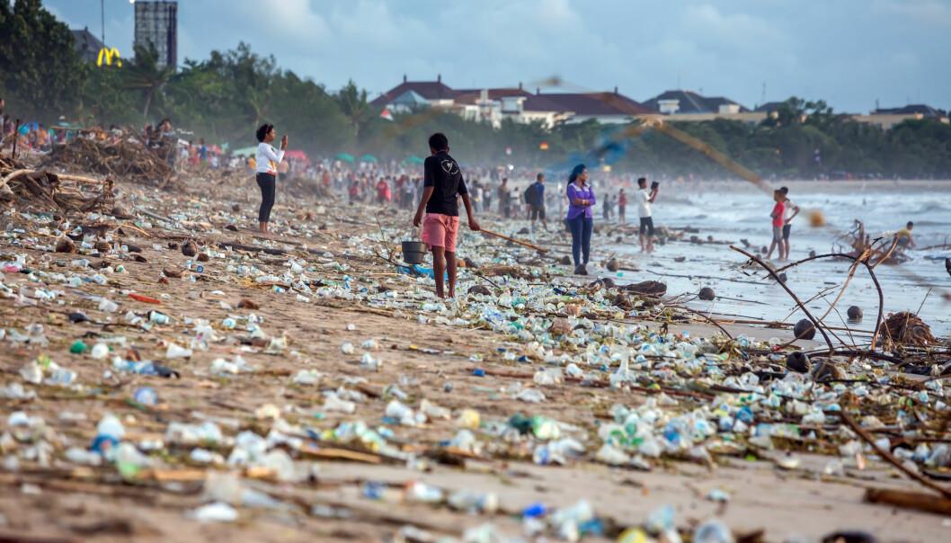 En svært fourenset strand på Bali. (Foto: Maxim Blinkov, Shutterstock.com)