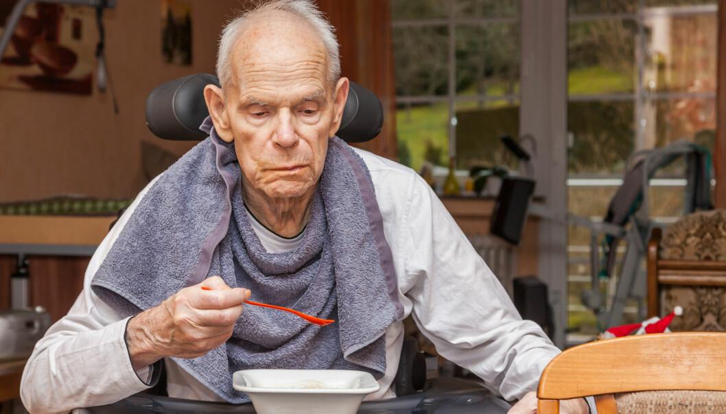 Mange syke eldre har vansker med å få i seg nok mat og kan dermed bli underernærte.  (Foto:  Jan Schneckenhaus, Shutterstock, NTB scanpix)