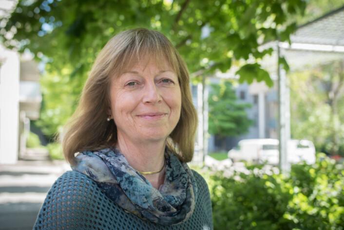 Monica Holm Larsen mener at læreren kan være viktig for å oppdage psykiske problemer hos unge. (Foto: Kristin Mehlum)