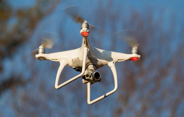 Helikopterdroner, som denne avanserte selvstyrte modellen fra 2016, har gitt geologene en nytt og kraftig verktøy for kartlegging og overvåking. (Foto: Doodybutch, CC-BY SA-4.0)