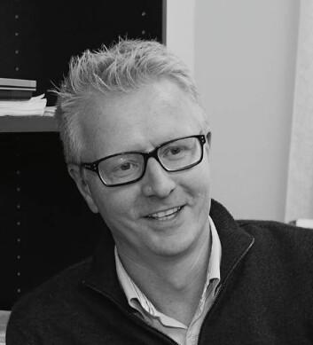- Vi blir i stor grad påvirket av folk rundt oss til å ta i bruk nye tjenester, sier forsker Asle Fagerstrøm. (Foto: privat)