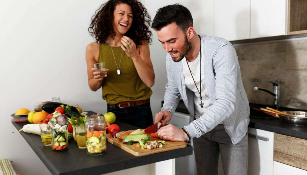 I det lange løp må vi nok belage oss på både å spise mindre kjøtt, heldigvis finnes det mer enn nok god og mettende vegetarmat. (Foto: Shutterstock / NTB Scanpix)