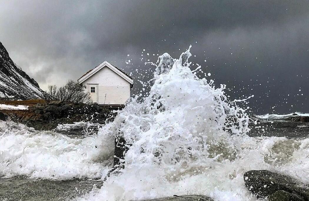 Det er ofte uventede vindkast eller uvær som er årsaken til at båtturen blir utfordrende. (Foto: Elly Rist)