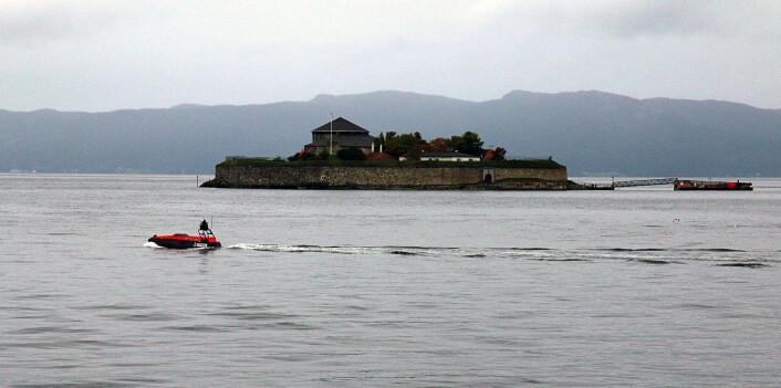 Trondheimsfjorden er nå blitt et laboratorium for testing av såkalt autonom teknologi – som blant annet kan erstatte besetningen om bord på båter. (Foto: Idun Haugan/NTNU)