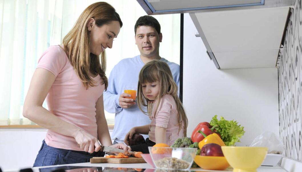 Det spanske arbeidslivet er vanskeleg å kombinere med å ha familie. Derfor vel mange spanske arbeidsmigrantar å bli i Noreg.  (Foto: Colourbox)