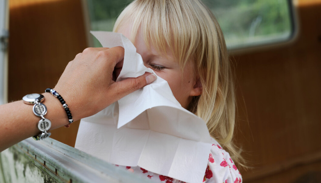 Nesesprayvaksine beskytter barna godt mot influensa, ifølge ny studie. (Foto: Frank May / NTB scanpix)