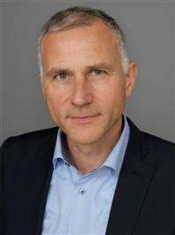 - Deler av bransjen må slutte med å sende ut regninger med null kroner på kredittkortgjeld, sier informasjonsdirektør Tom Staavi i Finans Norge. (Foto: Finans Norge)