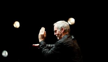 Musikkforsker Roy A. Waade har sett nærmere på det musikalske tegnspåket Soundpainting, som ble utviklet av den amerikanske frijazzmusikeren Walter Thompson (på bildet) i USA på 1970-tallet.  (Foto: Guillaume Le Baube)
