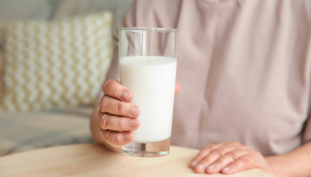 Et daglig inntak av 2, 5 gram proteiner fra melk eller fisk var nok til å bedre blodsukkerreguleringen. (Foto: Africa Studio / Shutterstock / NTB scanpix).