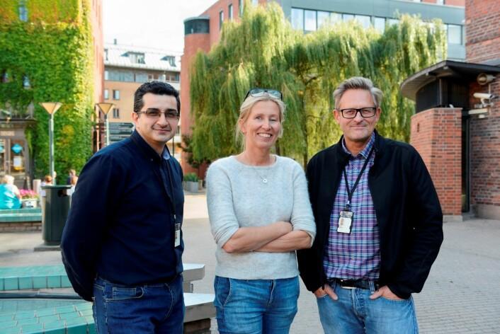 Peyman Mirtaheri, Birgitta Blakstad Nilsson og Terje Gjøvaag anbefaler stabile hjertepasienter å satse på tyngre vekter og færre repetisjoner når de skal trene styrketrening. (Foto: Sonja Balci)