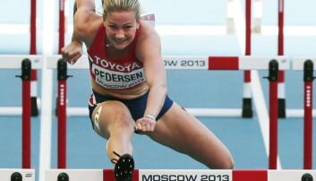 Mensen ødela mye av hekkeløpet for Isabelle Pedersen under VM i Moskva i 2013. Men den første delen av menstruasjonssyklusen kan også hjelpe idrettsutøvere. (Foto: Lise Åserud/NTB scanpix)