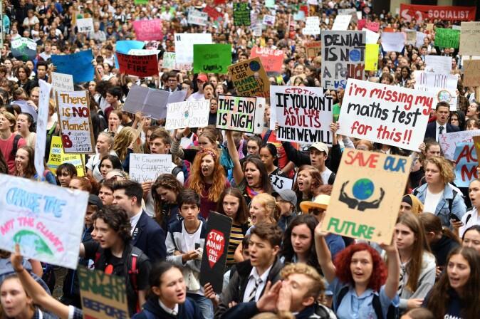 Klimastreiken, som startet med en enkelt elev, Greta Thunberg, har nå bredt seg til hele verden fra Stockholm til Sydney. (Foto: Saeed KHAN / AFP)