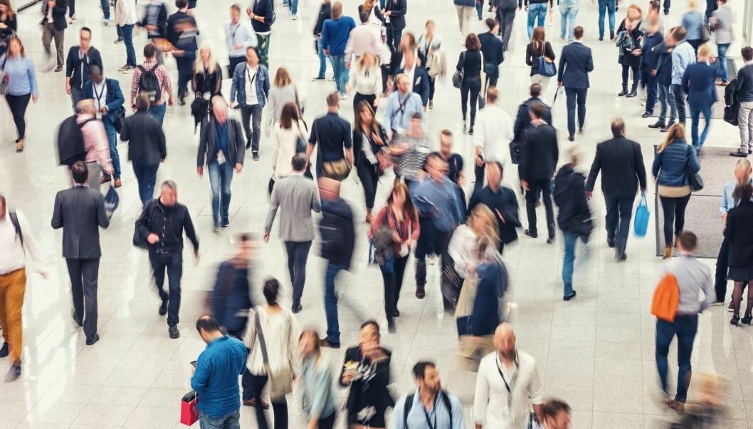 Det er ingen forskjeller mellom aldersgrupper i holdninger til «rase»-spørsmålet, men ideen om at mennesker kan rangeres etter «raser», er mer utbredt blant personer med lavere utdannelse, viser undersøkelsen. (Illustrasjonsbilde: r.classen, Shutterstock, NTB scanpix)