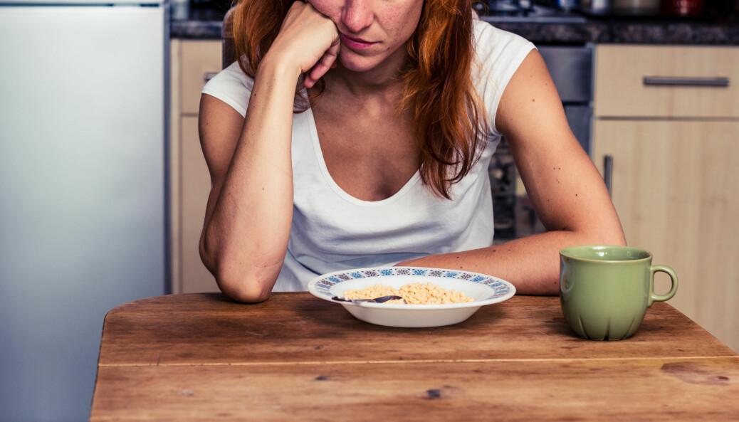 Noen studier tyder på at endringer i kosten kan hjelpe mot angst. (Foto: Lolostock / Shutterstock / NTB scanpix)